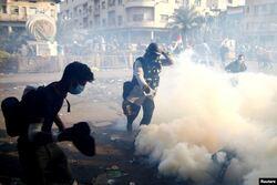 """بعضوية """"سوبرمان"""" والـ""""شكفه"""".. أوركسترا احتجاجات العراق تصنع الفارق"""