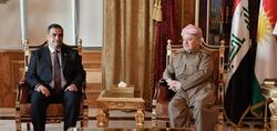 مسعود بارزاني يبحث مع وزير الدفاع العراقي ملفين