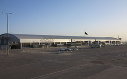 بالفيديو.. محتجون يغلقون مطار النجف بشكل كامل
