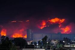 صور .. حرائق هائلة تلتهم مرتفعات قرب اربيل والسكان يستغيثون بمكبرات الصوت