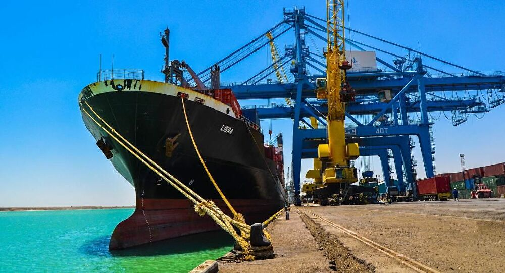 Iraq and Saudi Arabia sign a maritime transport agreement between the two countries
