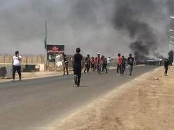 اضرام نيران بخيام معتصمين واعتقال محتجين وناشطين جنوبي العراق