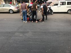 قتلى  وجرحى بين المحتجين وتهديد لمن يقطع الطرق في احداث دامية جنوبي العراق