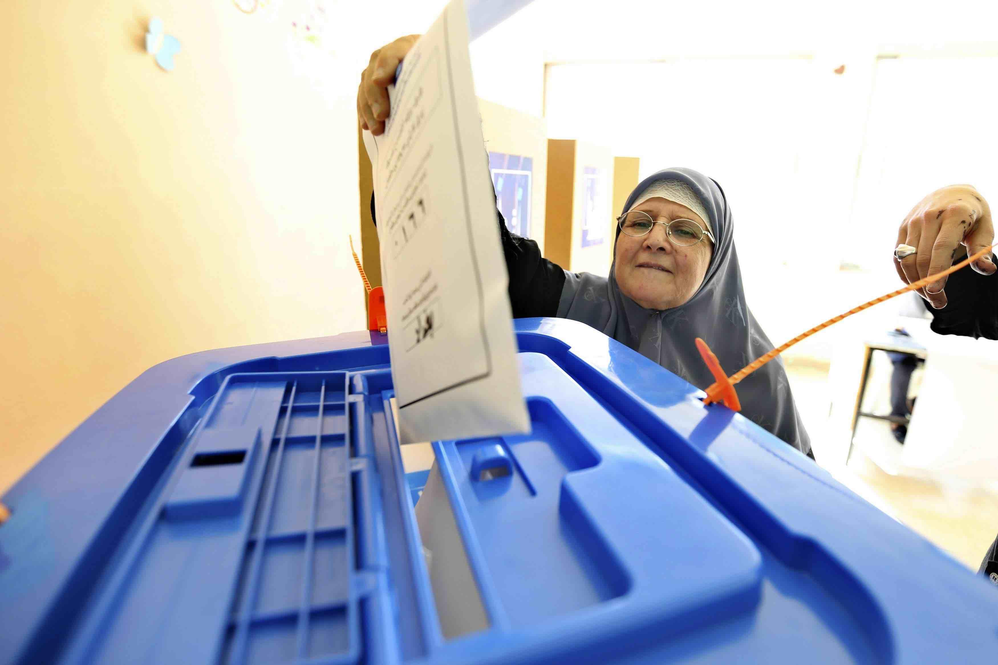 نائب يحدد 4 أسباب تعيق إجراء الانتخابات المبكرة في موعدها