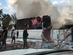 تقارير اعلامية: القوات العراقية تستخدم الرصاص الحي لتفريق المتظاهرين في البصرة