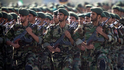 مقتل اثنين من الحرس الثوري الإيراني على يد مسلحين