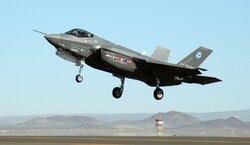 """امريكا تستعد لإيقاف تدريب الطيارين الاتراك على مقاتلات """"إف-35"""""""