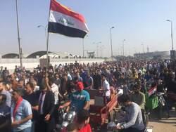 أسر قتلى المتظاهرين تقاضي قادة امنيين ومواصلة الاحتجاجات بمحافظات عراقية