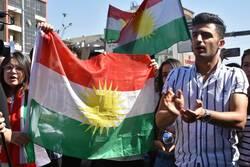 """وقفة احتجاجية في السليمانية ضد قصف جبل """"أزمر"""""""