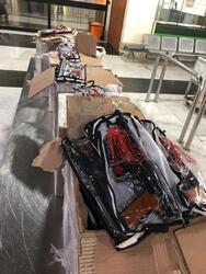 السلطات العراقية تحبط عملية تهريب لـ1700 بندقية بمطار بغداد الدولي
