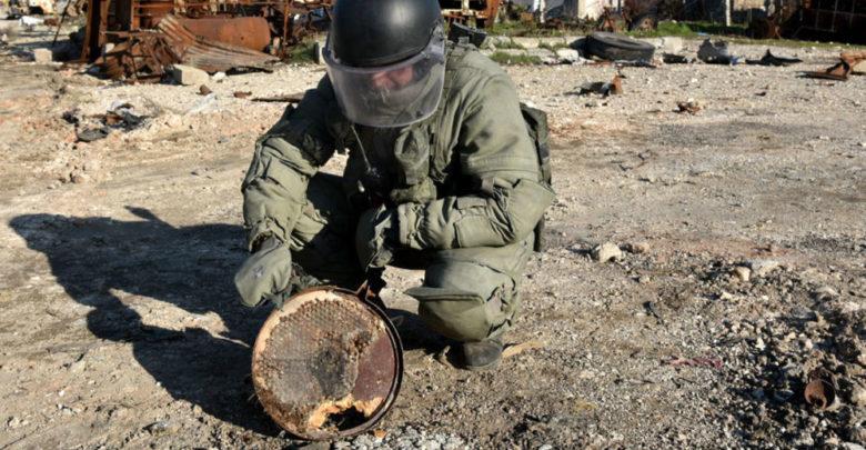 الاستخبارات العسكرية تضبط 32 عبوة وتفجرها موقعياً في الانبار