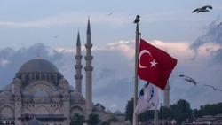 الليرة التركية تقفز بفعل اتصال بين ترامب واردوغان