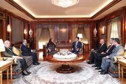 رئيسا اقليم وبرلمان كوردستان يبحثان الخطوط الرئيسة لدستور الاقليم