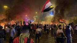محتجون يضرمون النيران في مقار احزاب اسلامية جنوبي العراق