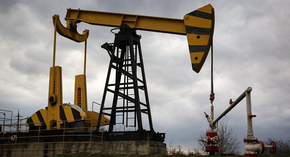 انخفاض اسعار النفط في الاسواق العالمية بسبب امريكا والصين