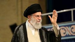 خامنئي: إيران تريد أفعالا لا وعودا بشأن إحياء الاتفاق النووي