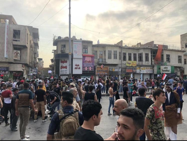 134 casualties in demonstrators in an Iraqi province and others continue strikes and sit-ins