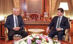 """بارزاني يشيد بالعلاقات """"الجيدة"""" بين أربيل وبغداد والعمل لإقامة تعاون عسكري"""