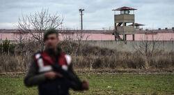 """جرحى باشتباكات عنيفة بين فصائل موالية لتركيا في """"سري كانيه"""""""