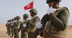 """الرئيس التونسي يأمر الجيش بالانتشار لفرض """"الحجر العام"""""""