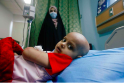 """""""أكياس فارغة"""" تهدد حياة 7 آلاف مصاب بالسرطان في البصرة"""