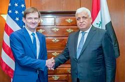 الفياض يتباحث مع وزير الدفاع الامريكي تطوير التعاون وتجنب تصعيد عسكري بالمنطقة