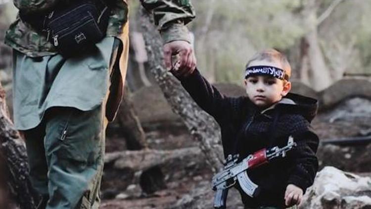 """ناقل عائلات عناصر """"داعش"""" من الهول إلى نينوى في قبضة الاستخبارات"""