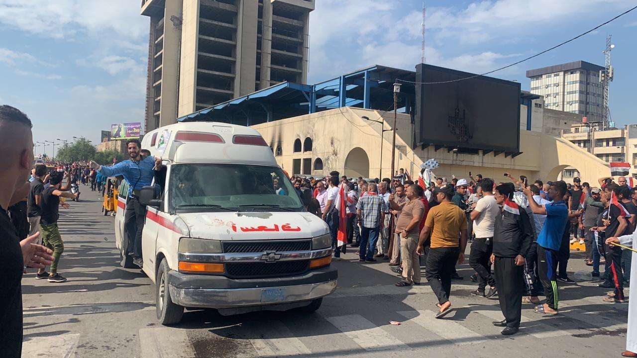 فيديو.. عشرات الجرحى بتفريق احتجاج قرب المنطقة الخضراء