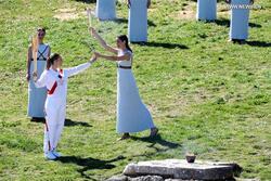 رغم مخاوف كورونا.. إنارة شعلة أولمبياد طوكيو 2020