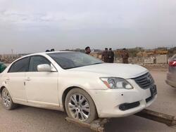 متظاهرون يحاصرون رئيس حكومة محلية لمحافظة عراقية ويستولون على عجلة لموكبه