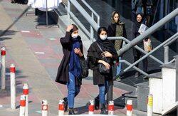 انهيار للعملة الايرانية مع تسجيل اكبر معدل وفيات يومي