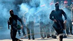 """اتهام جديد لـ""""مجاميع"""" داخل المتظاهرين باستهداف قوات الأمن"""