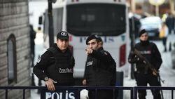 تركيا ترحل 4 إرهابيين بريطانيين إلى بلادهم