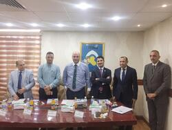 مسؤول عراقي يحصل على درجة علمية متميزة في بحث عن تقرير مصير اقليم كوردستان