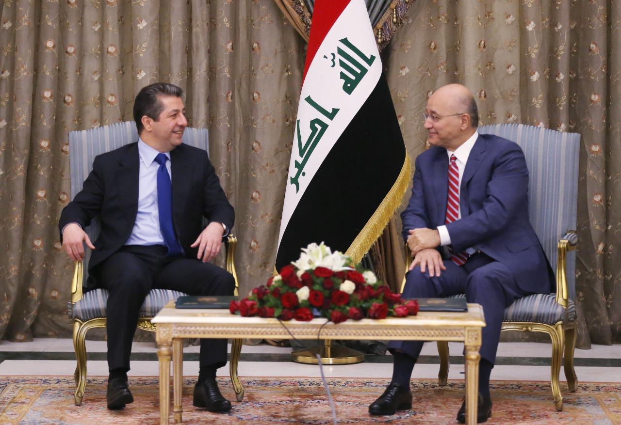 مسرور بارزاني من بغداد: سنكثف الحوارات ونحتكم للدستور لتحقيق امرين