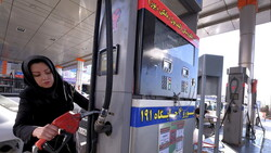 إيران تنفي حدوث اضطرابات أو أعمال شغب أو هجمات على محطات الوقود